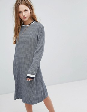 photo Pillar Sports Stripe Hem Knitted Dress by Wood Wood, color Navy Check - Image 1