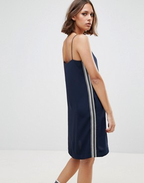 photo Carly High Neck Shift Dress by Wood Wood, color Navy - Image 2