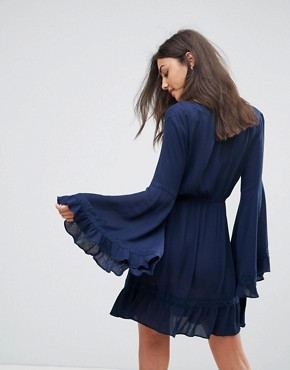 photo Bell Sleeve Cheesecloth Dress by Missguided Tall, color Navy - Image 2