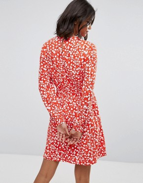 photo Floral Printed Shift Dress by Vila, color Red - Image 2