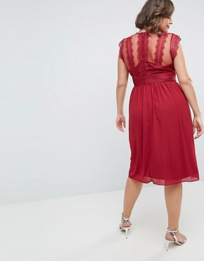 photo Lace Detail Midi Dress by TFNC Plus WEDDING, color Winter Wine - Image 2