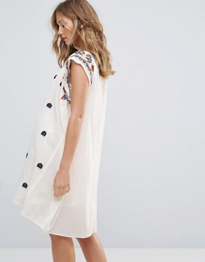 photo Sally Embroidered Dress by Deby Debo, color White - Image 2