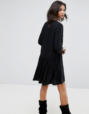 photo Embroidered Smock Dress by Only, color Black - Image 2