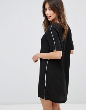 photo T-Shirt Dress by Only, color Black - Image 2