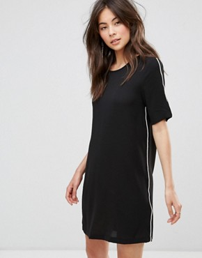 photo T-Shirt Dress by Only, color Black - Image 1