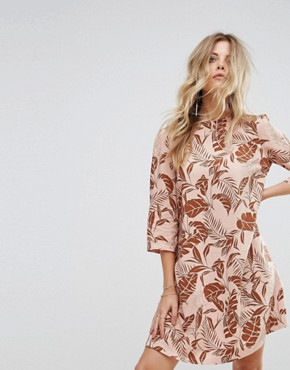 photo Long Sleeved Shift Dress in Palm Print by Y.A.S, color Mahogany Rose - Image 1