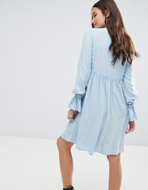 photo Lace Up Smock Dress by Influence, color Blue - Image 2
