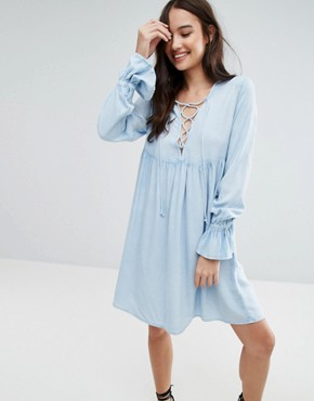 photo Lace Up Smock Dress by Influence, color Blue - Image 1