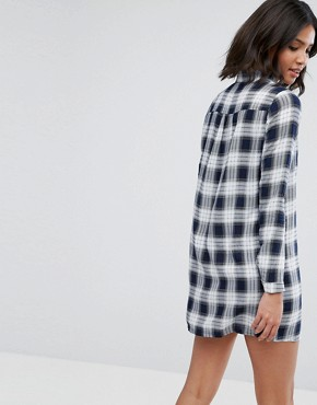 photo Check Shirt Dress by Influence, color Navy - Image 2
