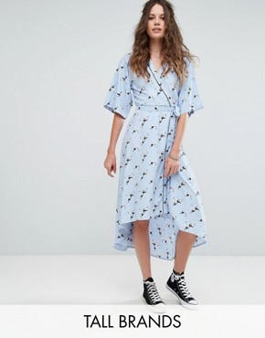 photo Wrap Front Pyjama Style Dress in Bird Print by Glamorous Tall, color Light Blue - Image 1