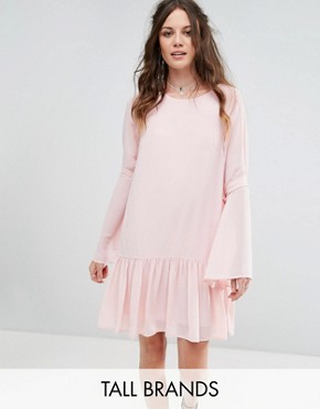 photo Shift Dress with Peplum Hem and Ribbon Tie Sleeves by Glamorous Tall, color Light Pink - Image 1