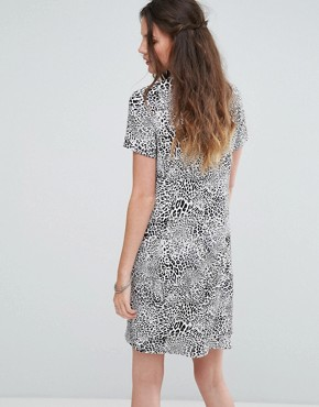 photo High Neck Shift Dress in Monochrome Leopard by Glamorous Tall, color Grey Leopard - Image 2