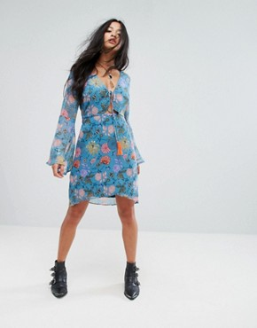 photo Long Sleeve Tea Dress in Illustrated Floral by Glamorous Petite, color Blue Pink Floral - Image 4