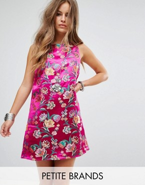 photo Sleeveless Shift Dress in Metallic Brocade by Glamorous Petite, color Hot Pink - Image 1