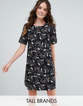 photo Tea Dress in Grunge Floral by Glamorous Tall, color Black - Image 1