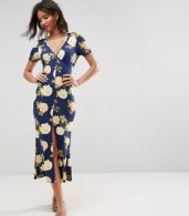 photo City Maxi Tea Dress with V-Neck and Button Detail in Blue Floral Print by ASOS, color Blue Floral - Image 4