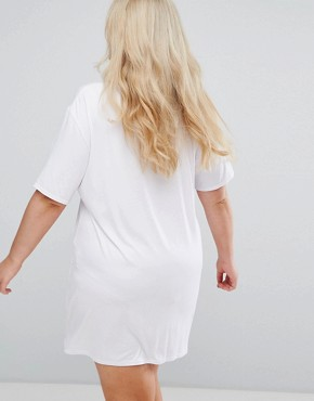 photo Relaxed T-Shirt Dress with Choker Neck Detail by Alice & You, color White - Image 2
