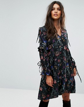 photo Tie Sleeve Embroidered Dress by Vero Moda, color Black - Image 1