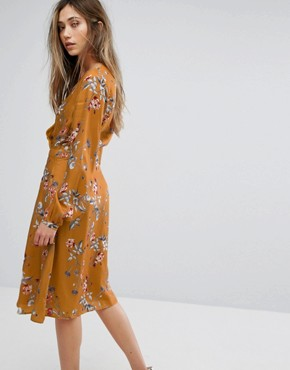 photo Flower Print Wrap Dress by Gestuz, color Inca Gold - Image 2