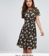 photo Printed Tea Dress by Y.A.S Tall, color Black - Image 1