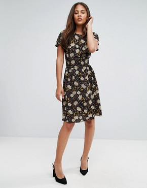 photo Printed Tea Dress by Y.A.S Tall, color Black - Image 4