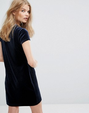 photo Crushed Velvet T-shirt Dress by Weekday, color Navy - Image 2
