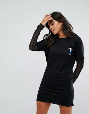 photo Alien T-Shirt Dress with Mesh Sleeves by Heartbreak, color Black - Image 1