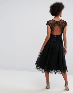 photo Lace Midi Prom Dress with Lace Neck by Chi Chi London Premium, color Black - Image 2