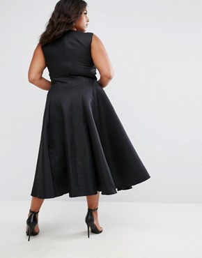 photo Fit and Flare Midi Dress with Seam Detail by Chi Chi London Plus, color Black - Image 2
