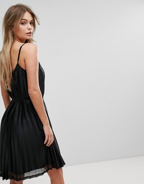 photo Pleated Cami Dress by Vero Moda, color Black - Image 2