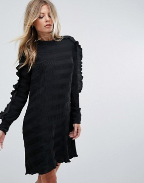 photo Ruffle Sleeve Shift Dress by Y.A.S, color Black - Image 1