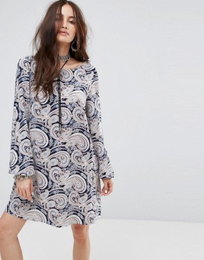 photo Tie Back Dress in Paisley by Reclaimed Vintage Inspired, color Navy - Image 2