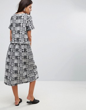 photo Patchwork Ruffle Midi Dress by YMC, color Black White - Image 2
