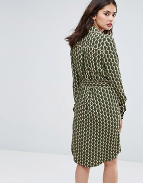 photo Long Sleeve Shirt Dress in Geo Print by Y.A.S Tall, color Green - Image 2