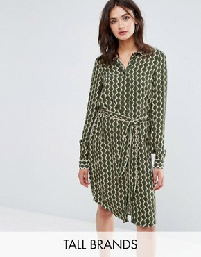 photo Long Sleeve Shirt Dress in Geo Print by Y.A.S Tall, color Green - Image 1