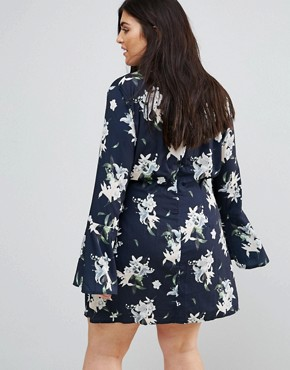 photo Floral Wrap Over Flared Sleeve Dress by Missguided Plus, color Navy - Image 2