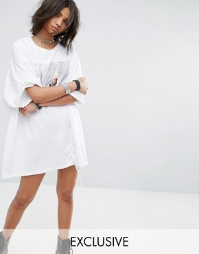 photo Vintage Oversize T-Shirt Dress with Lace Up by Milk It, color White - Image 1