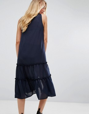 photo Ruffle Hem Dress with Zip Detail by Noisy May Tall, color Navy - Image 2