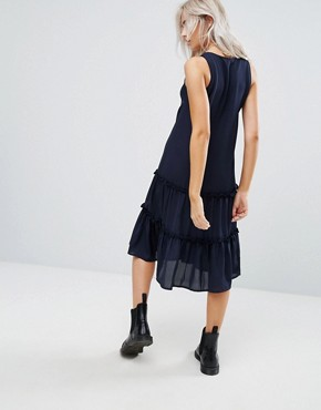 photo Ruffle Hem Dress with Zip Detail by Noisy May Petite, color Navy - Image 2