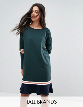 photo Frill Hem Sweater Dress by Noisy May Tall, color Green Gables - Image 1