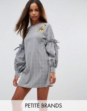 photo High Neck Dress with Floral Embroidery and Ruffle Sleeve by Fashion Union Petite, color Check - Image 1
