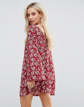 photo Long Sleeve Tea Dress with Button Front in Antique Floral by Glamorous Petite, color Burgundy - Image 2