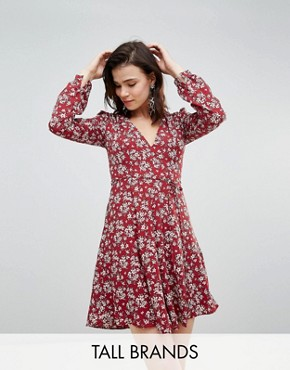photo Tea Dress in Vintage Floral by Glamorous Tall, color Burgundy - Image 1