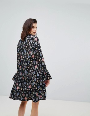 photo Shift Dress with Flare Cuffs in Antique Floral by Glamorous Tall, color Black Floral - Image 2