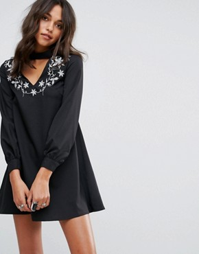 photo A-Line Dress with Embroidered Choker Neck by Glamorous, color Black - Image 1