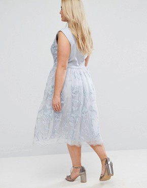 photo Lace Midi Dress with 3D Flowers by Chi Chi London Plus, color Grey - Image 2