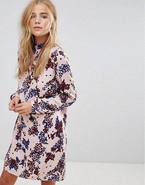 photo Floral Print Shift Dress by Vila, color Peach - Image 1