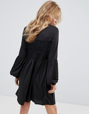 photo Lace Detail Smock Dress by Vila, color Black - Image 2