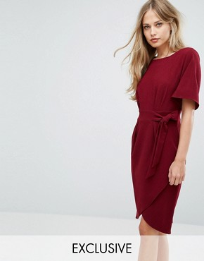photo Tie Front Dress with Kimono Sleeve by Closet London, color Berry - Image 1