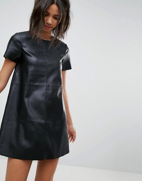 photo Leather Look Shift Dress by Stradivarius, color Black - Image 1
